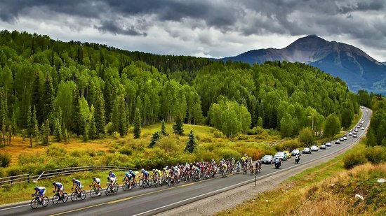 Mountain Village, โคโลราโด: Pro-Cycle Tour through Telluride