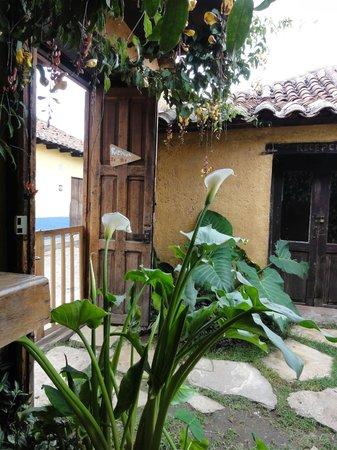 Posada del Abuelito: entryway