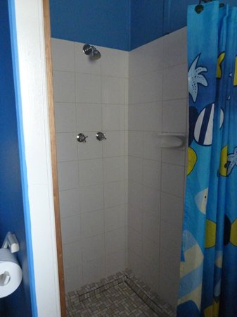Casuarina Coastal Units: Bathroom