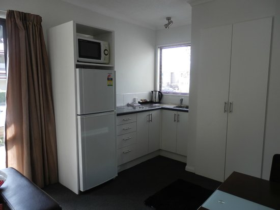 Akaroa Village Inn: two bedroom Jacques Courtyard unit