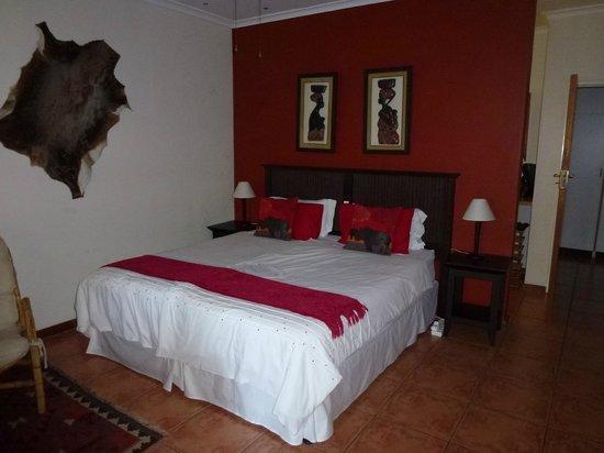 """KhashaMongo Guesthouse: Schlafzimmer """"Amazi"""""""
