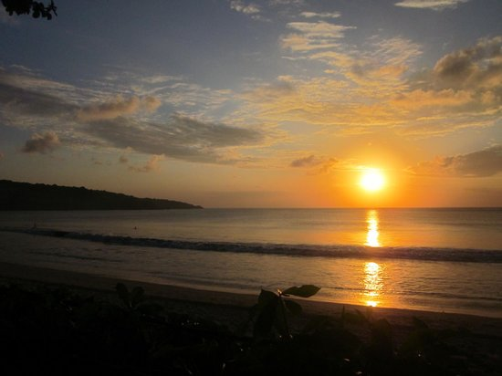 INTERCONTINENTAL Bali Resort: Sunset Jimbaran Bay