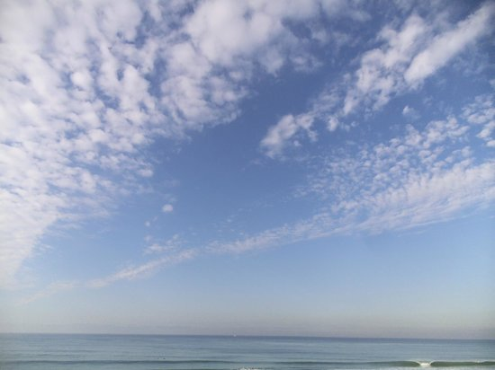 Tamarack Beach Resort and Hotel: Morning Clouds