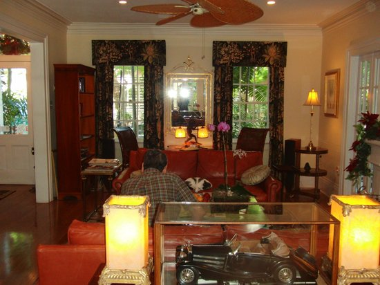 The Gardens Hotel: リビング