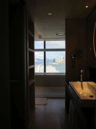 Hotel ICON: Club Suite 80 bathroom
