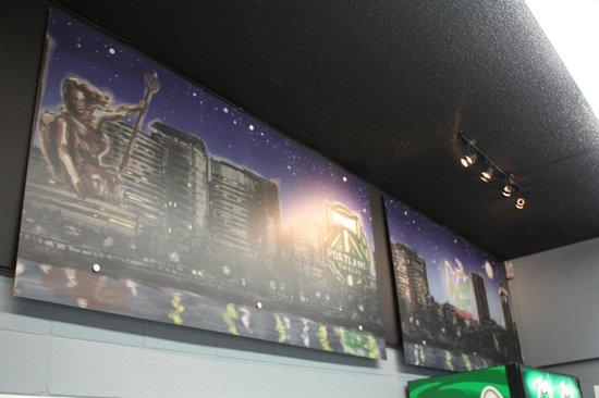 Uptown Market: Portland City Scape Mural