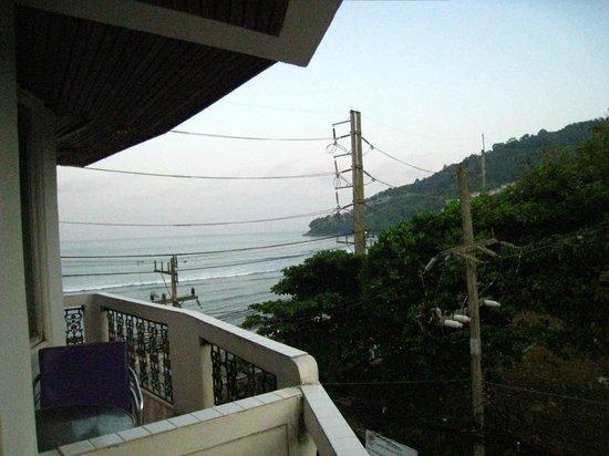Orchid Hotel and Spa: ホテルの部屋からの眺め(3階)