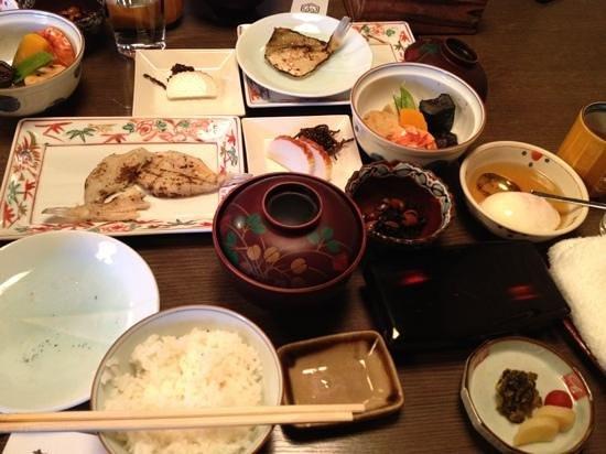 Tsurugata: breakfast