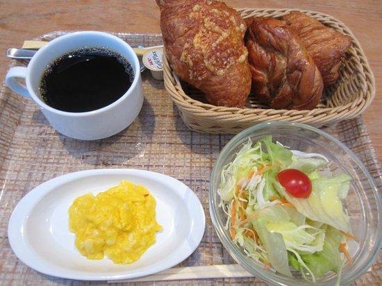 Ours Inn Hankyu: 朝食