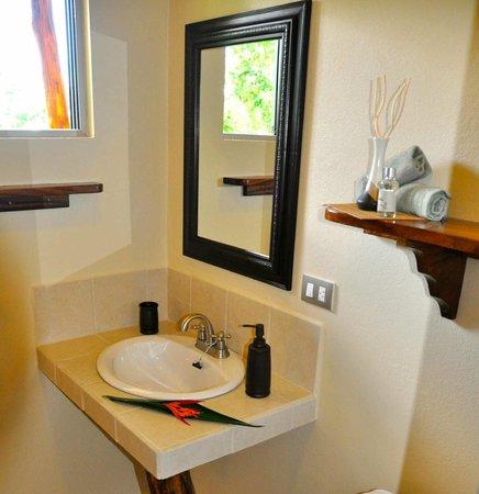Tiriguro Lodge: Salle de bain Guayaba