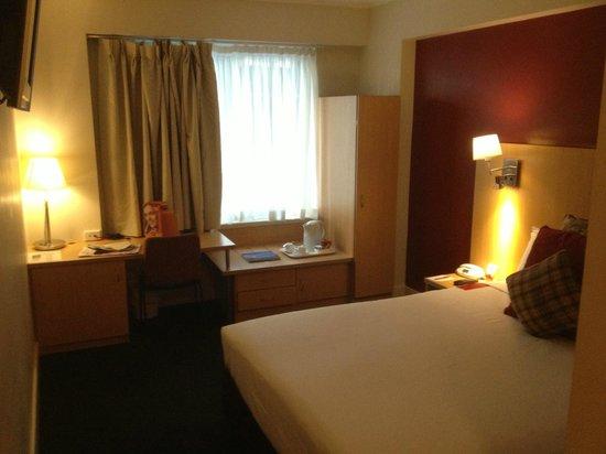 Ibis Sydney World Square: Bedroom