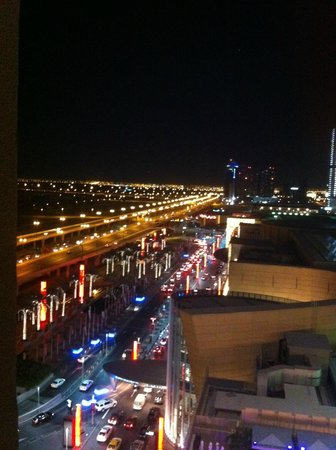 The Address Dubai Mall: View from the room to Dubai Mall Entrance