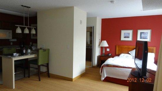 Residence Inn Hartford Avon: Room view