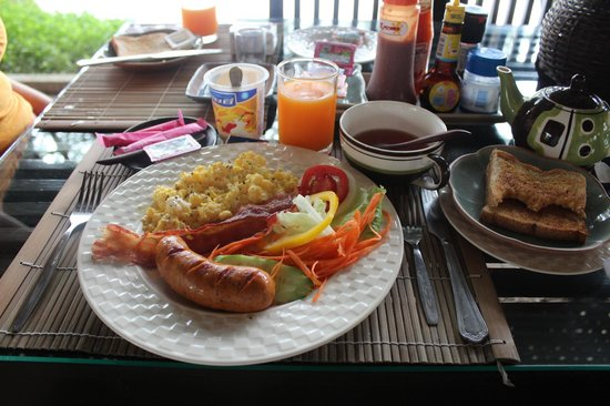 "Baannamping Riverside Village: ""Full option"" breakfast (free!)"