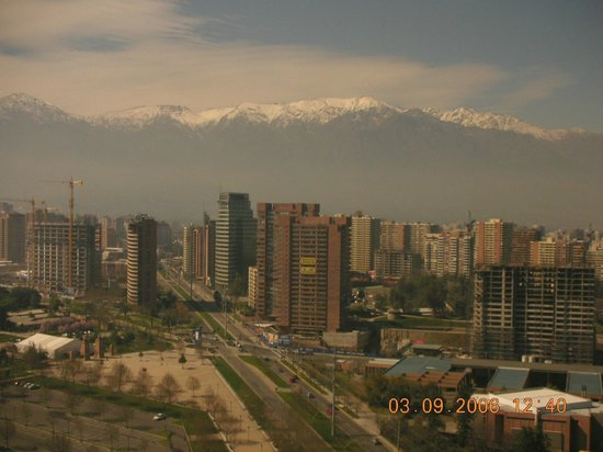 Grand Hyatt Santiago: Vista do quarto do Hotel...