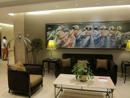 Sheraton Panama City: lobby near the front desk