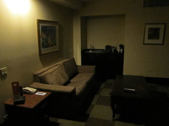 Sheraton Grand Panama: living room