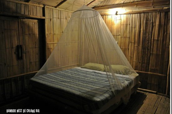 Bamboo Nest de Chiang Rai: Room at night