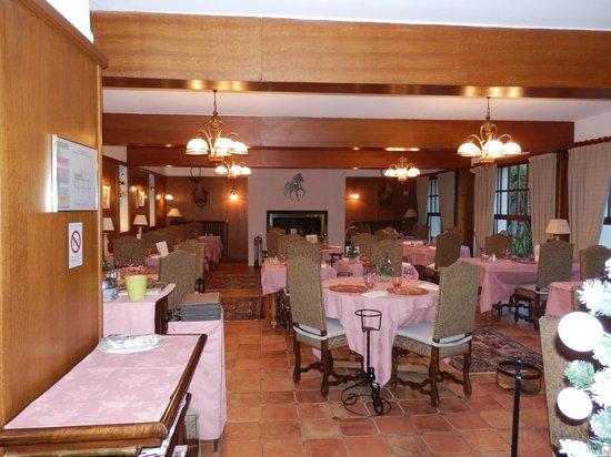 Hostellerie du Pavillon Saint-Hubert : salle à manger