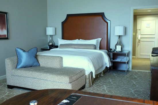 The St. Regis Houston: King Bed