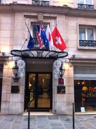 BEST WESTERN Hotel Sydney Opera: entrée hôtel décembre 2012