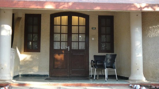 Club Mahindra Mahabaleshwar Sherwood: Room entrance