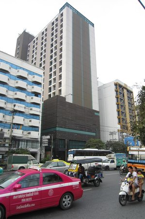Bangkok City Hotel: Building