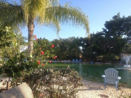 Pyramids in Florida: Der Lake Im Pyramidendorf