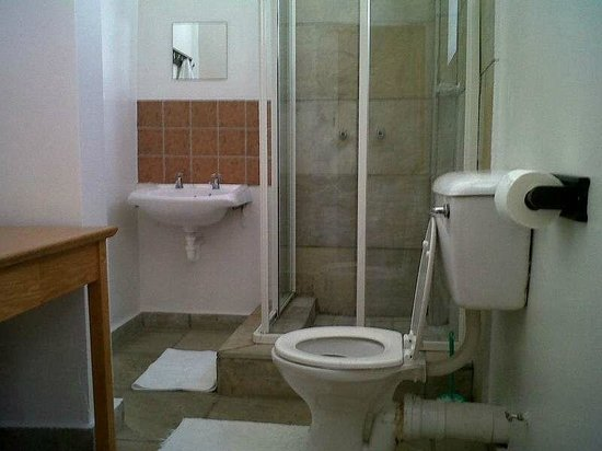 Altona Lodge: En-Suite Bathroom