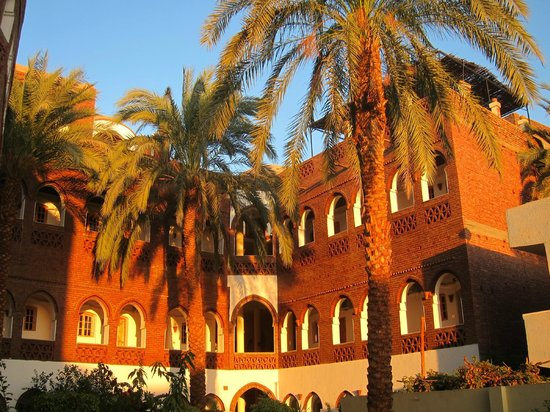 Hotel Sheherazade: Sunset glow in the inner court yard