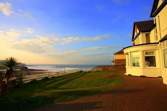 The Hotel Penarvor: Another beautiful sunset while visiting my favorte Hotel in Bude, the Penavor. 