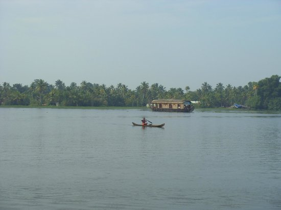 Green Palm Homes: View over backwaters in the evening