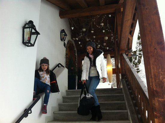 Hotel Bellaval: Hotel entrance