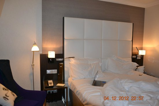 Sofitel Brussels Le Louise : good bed