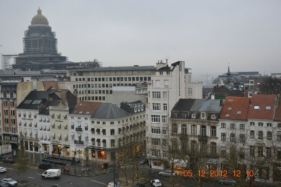 Sofitel Brussels Le Louise: daytime view