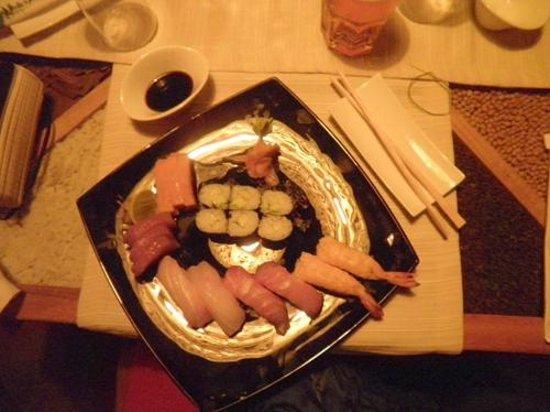 Mediterraneo Hotel & Restaurant: sushi