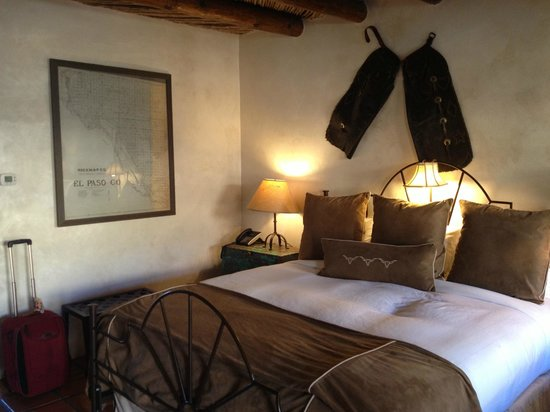 Gage Hotel: Comfortable casita at the Gage