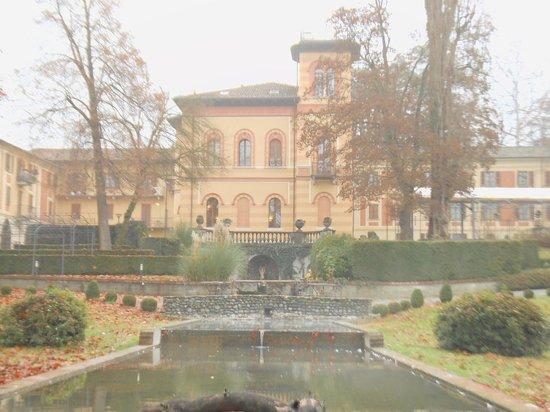 Villa Scati : panoramica della villa