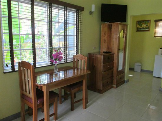 Seastar Inn: Table and Armoires