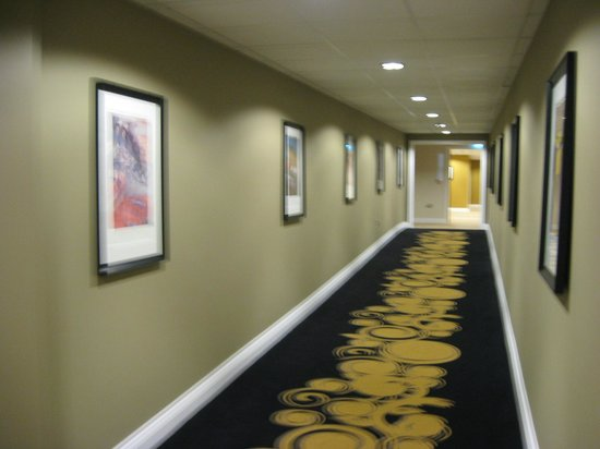 The Daffodil Hotel & Spa: Corridor