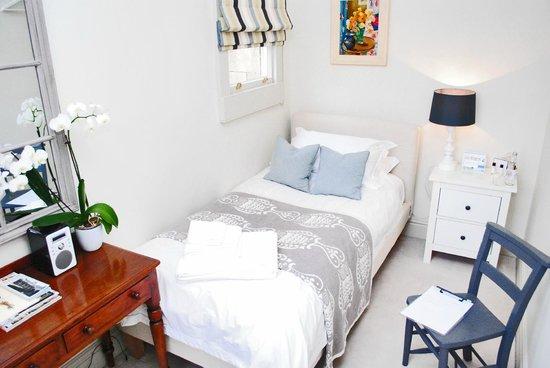 4 Beaufort: Luxury Single Room