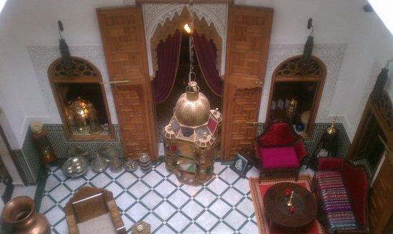 Riad Dar El Kebira: Lobby from balcony