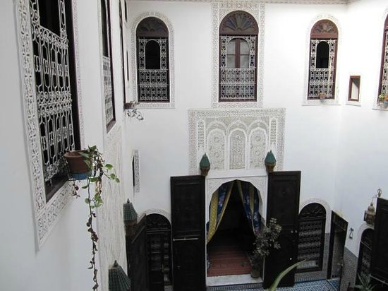 Riad Dar Al Batoul : Court