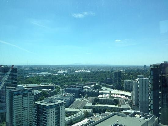 Melbourne Short Stay Apartments at SouthbankOne: Day view from level 33