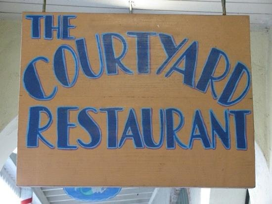The Courtyard Restaurant : what a great place for family and friends