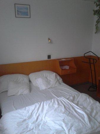 Botel Hotel Lisa: chambre