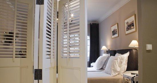 Hotel La Licorne (Lyons-la-Foret, France) - Reviews, Photos ...