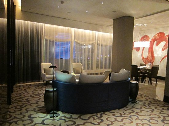 MGM Macau: Living Room 3