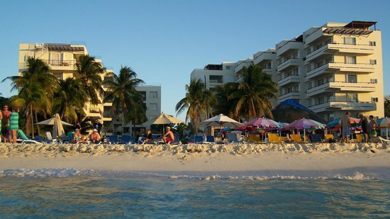 Ixchel Beach Hotel: View from in the water!