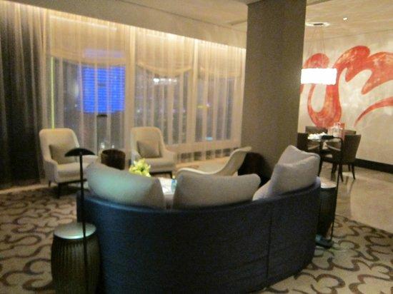 MGM Macau: Living Room 4